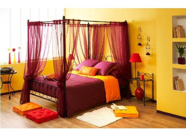 Un lit d co craquez vous aussi le blog de vente - Lit baldaquin romantique ...