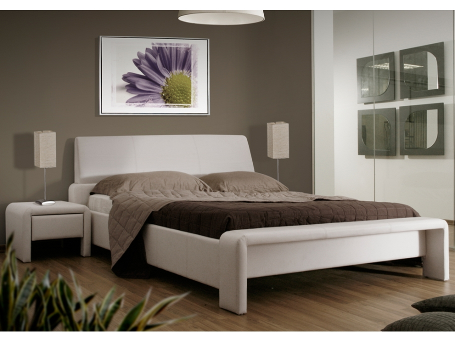 lit double pi ce maitresse de la chambre parentale le blog de vente. Black Bedroom Furniture Sets. Home Design Ideas
