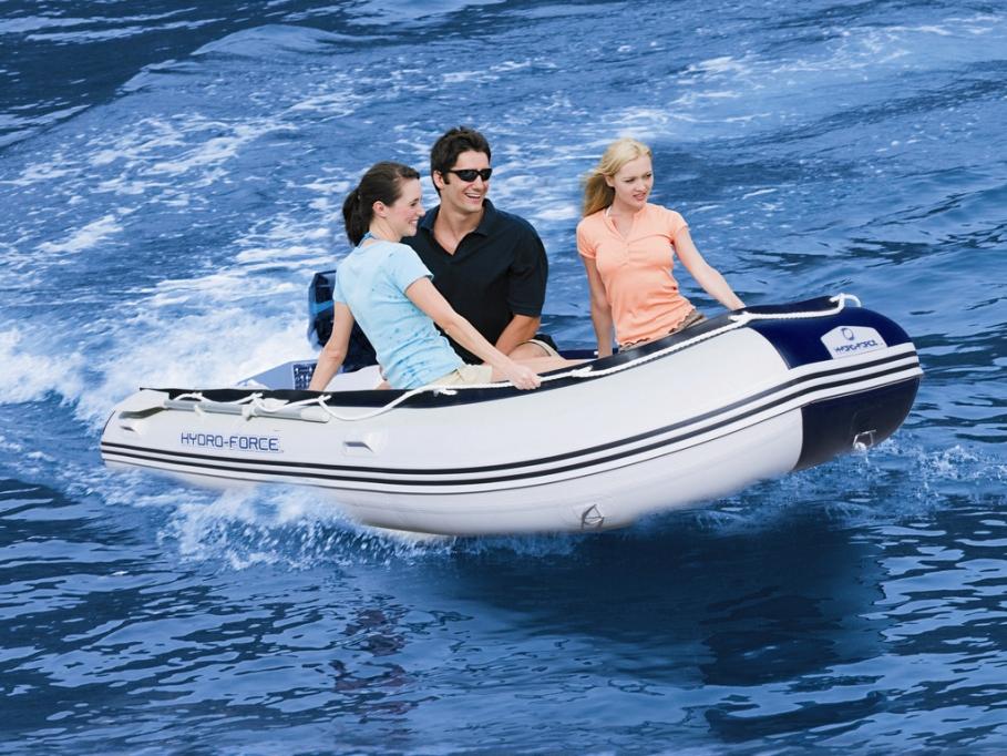baladez vous en mer avec votre propre bateau pneumatique semi rigide le blog de vente. Black Bedroom Furniture Sets. Home Design Ideas
